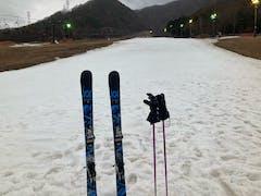 スキー カムイ 場 みさか 営業スケジュール 首都圏から80分 ファミリーで楽しめるスキー場