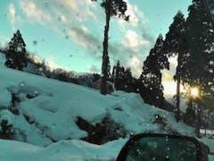 リフト回数9回十分な積雪、雪はふったり、止んだりで雪質もじょうじょうでした